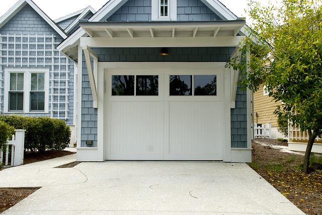 samostatná garáž
