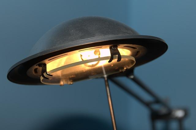 stará lampa