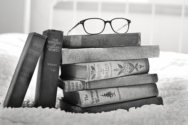 stoh knih vintage books