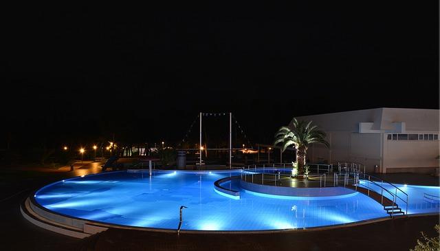 pohostinství u bazénu